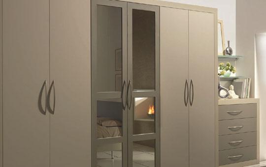 <span>Bedrooms</span>