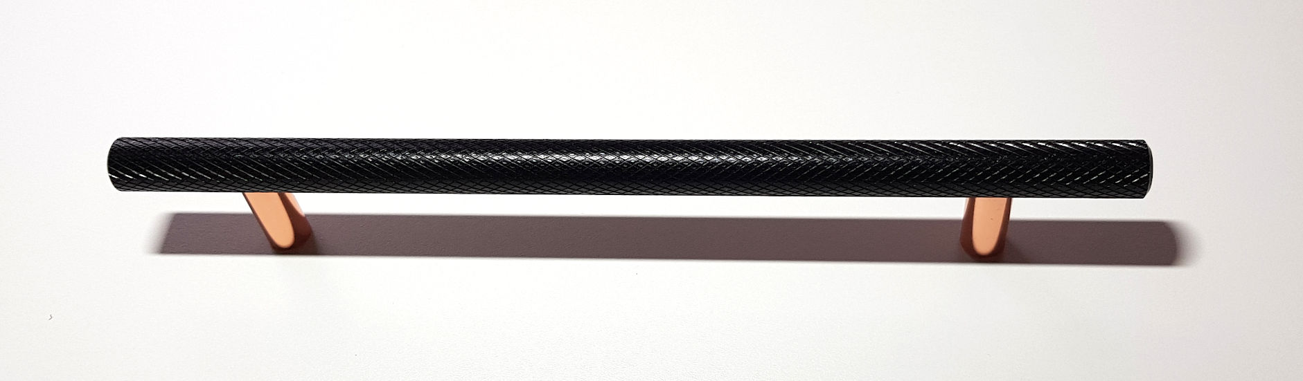 BLACK AND COPPER KNURLED HANDLE 220MM (160MM CENTRES)
